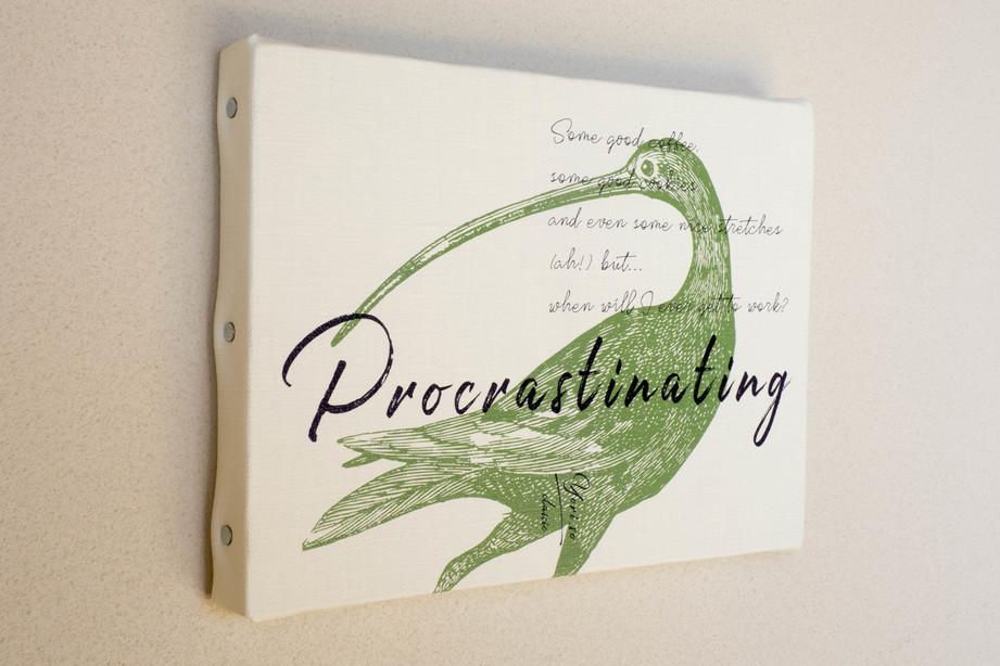 yori.so classicアートボード「Procrastinating」